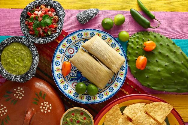 Tamales tamale mexicano de folhas de milho