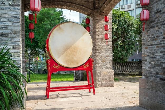 Tambor chinês vermelho