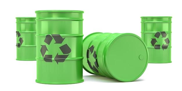 Tambores verdes de reciclagem de resíduos isolados no branco.
