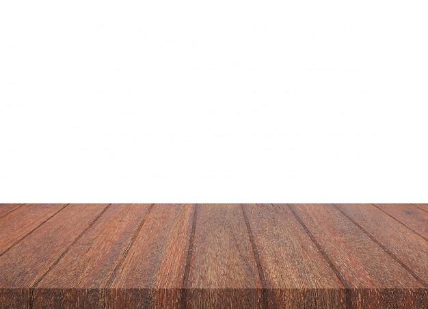 Tampo da mesa de madeira marrom vazio no fundo branco. montagem do seu produto