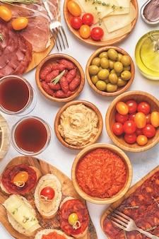 Tapas espanholas típicas, vista de cima