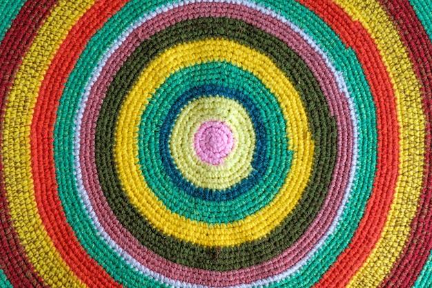 Tapete feito à mão multicolor redondo
