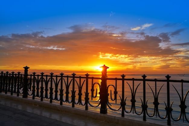 Tarragona varanda da europa ao nascer do sol