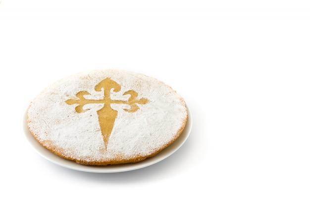 Tarta de santiago bolo de amêndoa tradicional de santiago na espanha, em branco