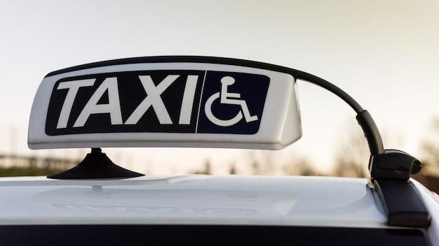 Táxi para transporte desativado