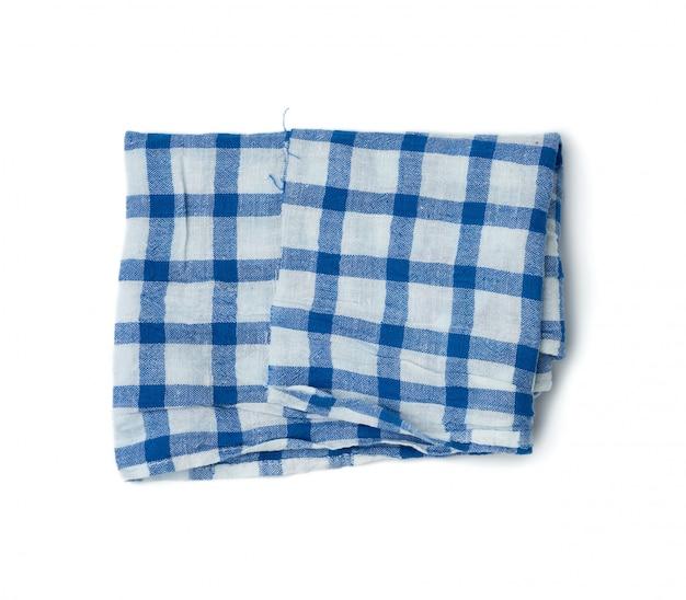 Tecido de algodão branco dobrado com listras azuis isolado no branco b