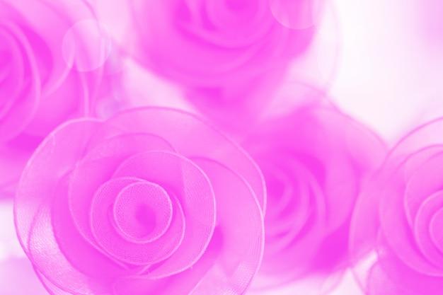 Tecido de flores rosas coloridas feito com gradiente de fundo