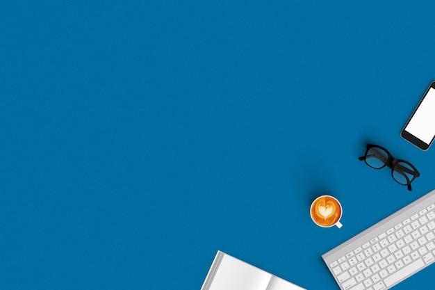 Teclado, café, smartphone, notebook na vista superior do plano de fundo de cor