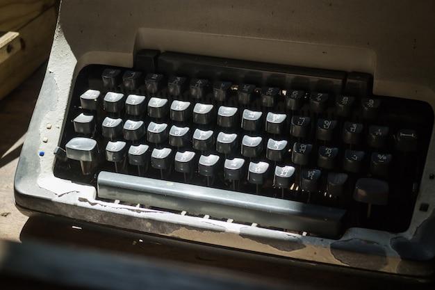 Teclas de máquina de escrever antiga de tailandês