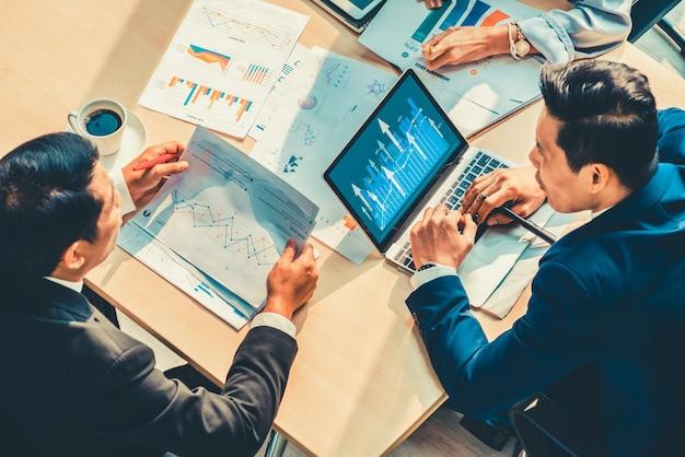 Tecnologia de análise de dados visuais de negócios por software de computador criativo