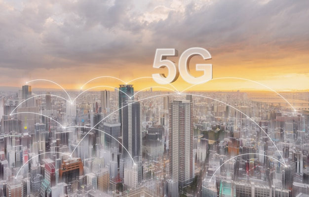 Tecnologia de conexão de rede na cidade, com rede de internet 5g