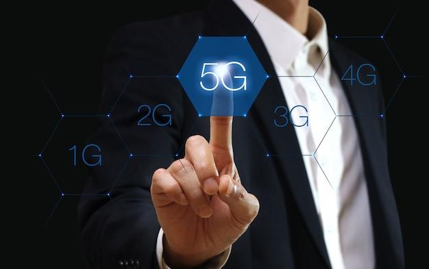 Tecnologia de rede 5g. conceito de negócio na internet.