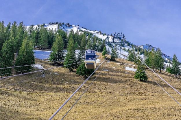 Teleférico na montanha
