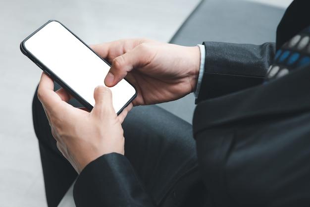 Telefone celular com tela em branco