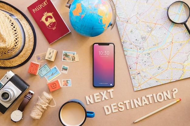 Telefone de alta tecnologia e conjunto de viagens