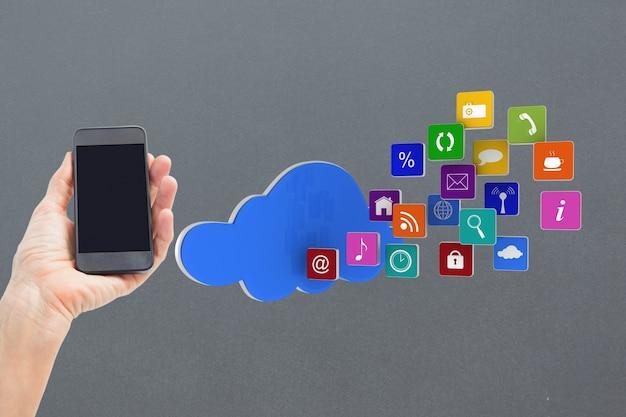 Telefone móvel com a nuvem de ícones da aplicação