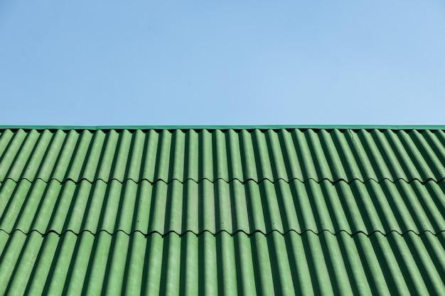 Telhado verde de ardósia. superfície. textura