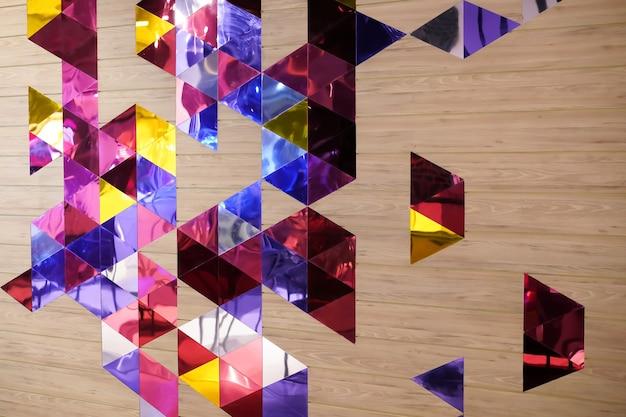 Tema de cor roxa / violeta escura com design de forma clara para qualquer plano de fundo.
