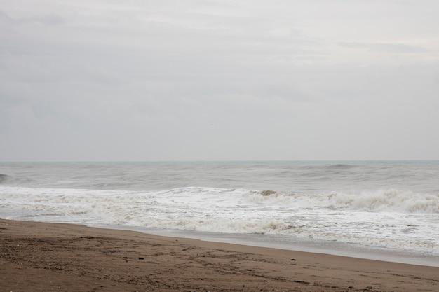 Tempestade e ondas do mar