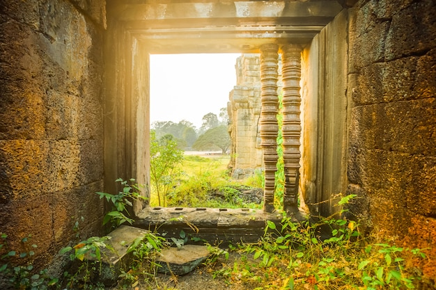 Templo de angkor wat - camboja. arquitetura antiga