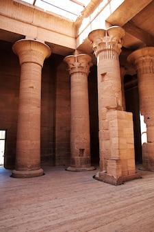 Templo de ísis na ilha de philae, egito