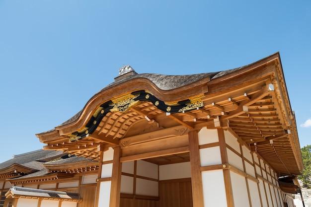 Templo de madeira perto do castelo de nagoya