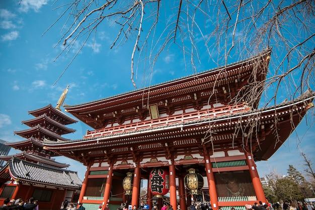Templo de senso-ji, templo famoso em tokyo, japão.