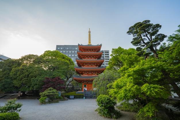 Templo de tocho-ji em hakata, fukuoka, japão