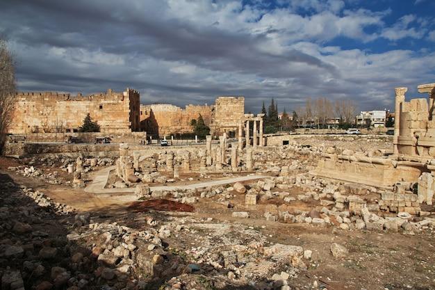 Templo de vênus em baalbek, líbano
