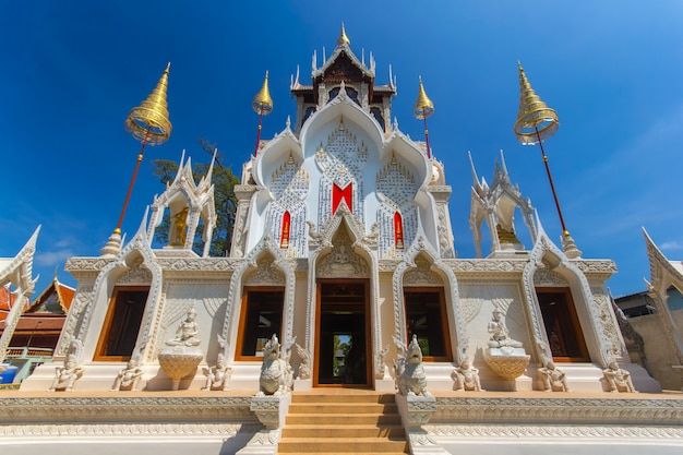 Templo de wat khoi, província de phetchaburi, tailândia