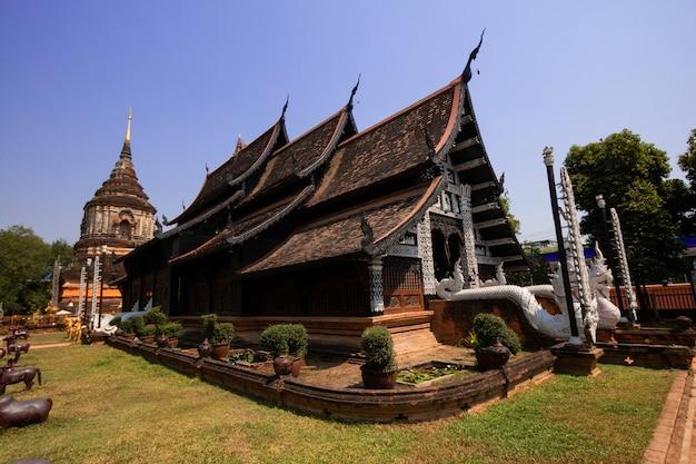 Templo de wat lok moli na província de chiangmai