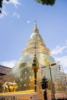 Templo de wat phra singh em chang mai, tailândia