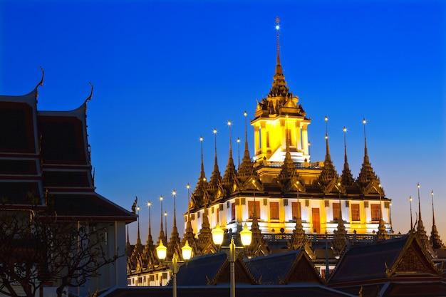 Templo de wat ratchanadda, banguecoque, tailândia.