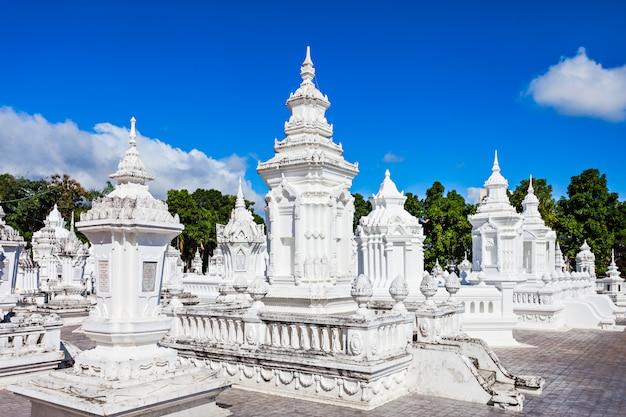 Templo de wat suan dok em chiang mai na tailândia