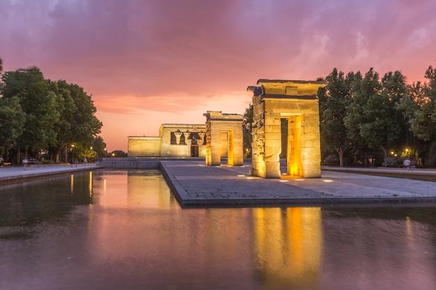 Templo debod madrid espanha ao pôr do sol