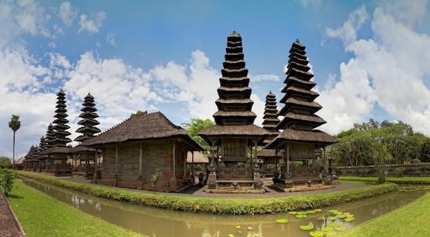 Templo real taman ayun, bali, indonésia