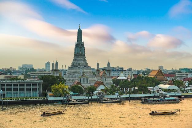 Templo wat arun em bangkok, tailândia