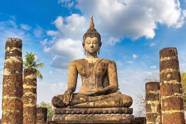Templo wat mahathat no parque histórico sukhothai
