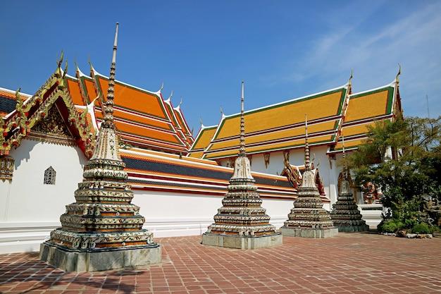 Templo wat pho, um dos templos mais antigos de bangkok, localizado na cidade velha de bangkok, tailândia