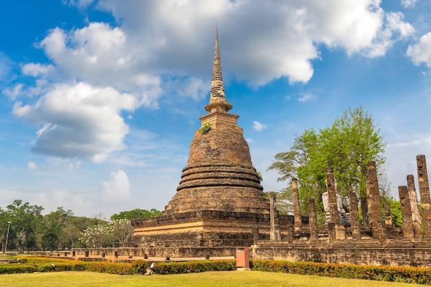 Templo wat sa si no parque histórico de sukhothai, na tailândia