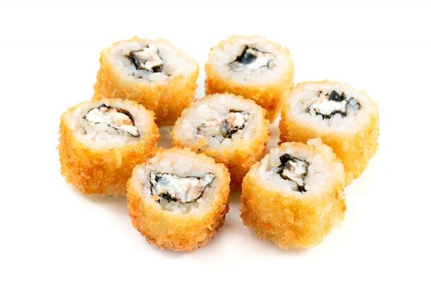 Tempura roll com salmão e cream cheese