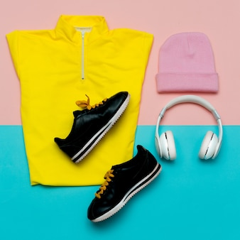 Tendências fitness estilo urbano conjunto roupa moda senhora esporte