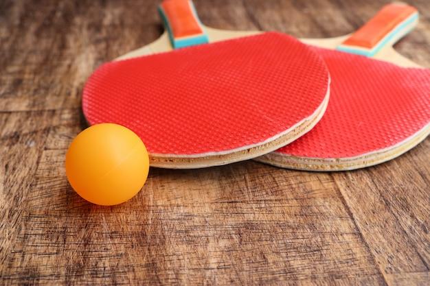 Tênis de mesa raquete vermelho