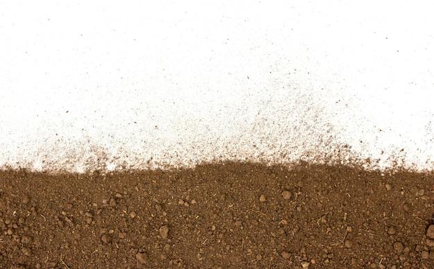 Terra suja em branco