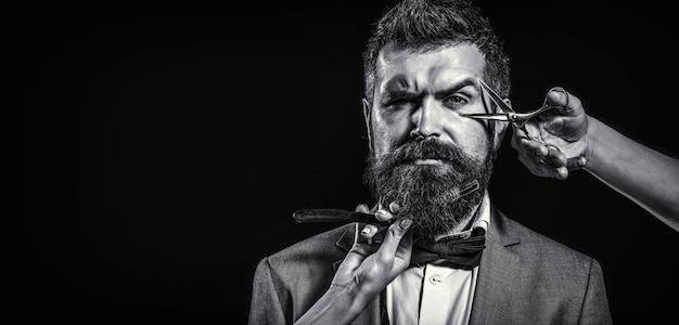 Tesouras de barbeiro e navalha, barbearia.