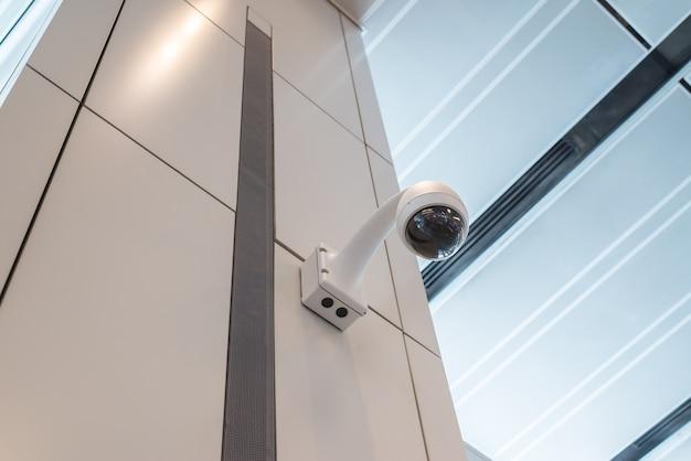 Teto da parede da câmera de segurança cctv