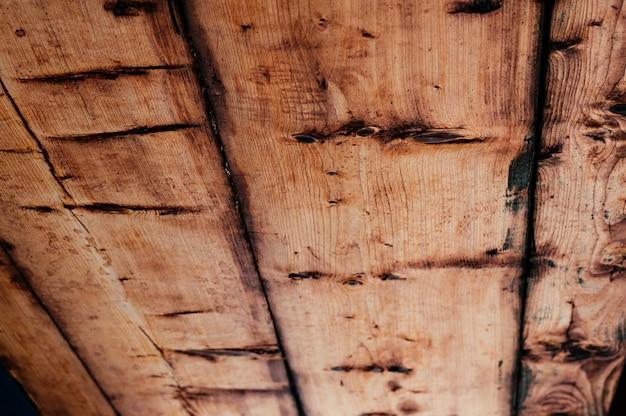Teto de madeira natural velho