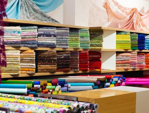 Têxteis à venda