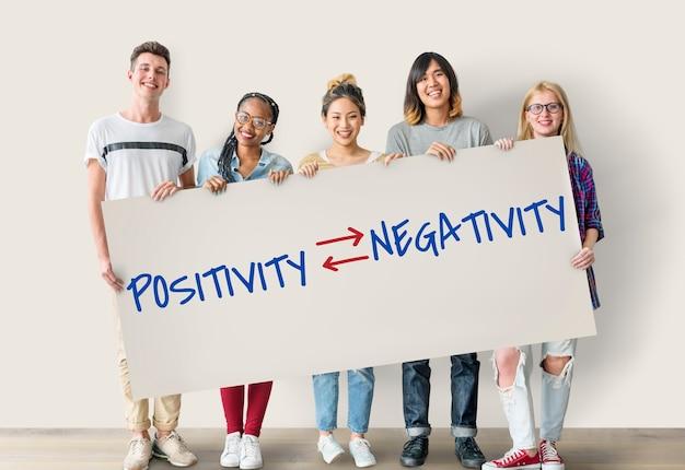 Texto de escolhas emocionais positividade e negatividade