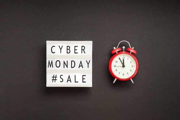 Texto de venda cyber segunda-feira em lightbox branco